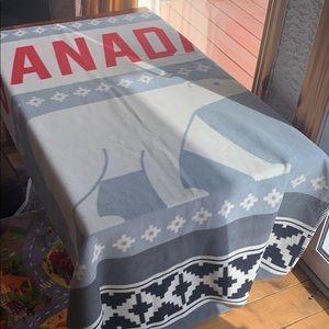 HBC Canada bear blanket new